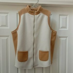 Susan graver weekend QVC white & tan fleece vest